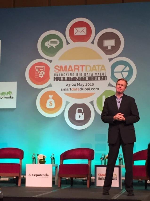 Smart Data Summit Dubai, 2016